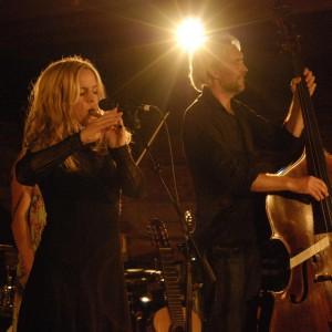 Olle Linder med vänner, Sofia Karlsson, Olle Linder (2)